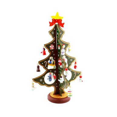 arvore-com-enfeites-natalinos-diversos-zein-montada