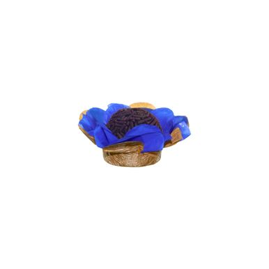 forminha-para-doces-ro-artesanato-flor-seda-duo-azul-escuro-dourado-com-brigadeiro